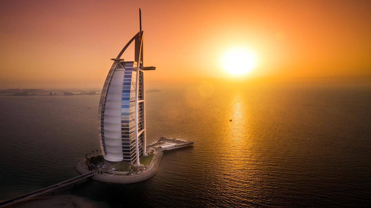 Burj Al Arab - Places to See in Dubai