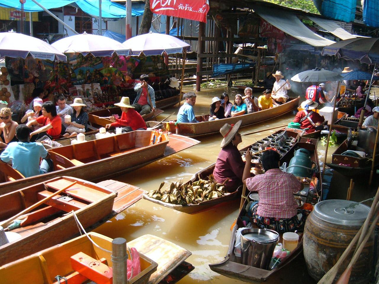 The Amazing Floating Markets of Thailand