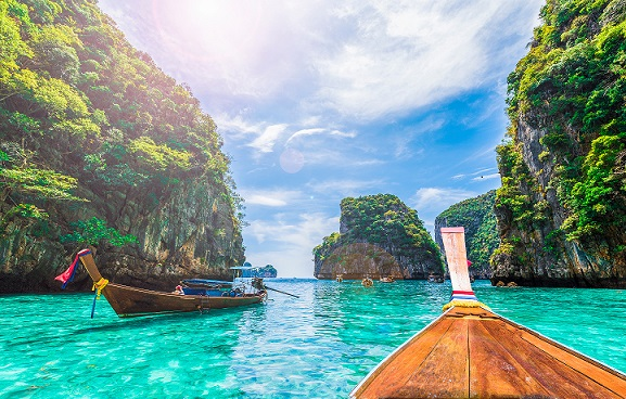 Top Places to Visit in Thailand with Family